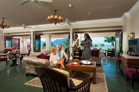 2241284-Sandals-Grande-St-Lucian-Spa-amp-Beach-Resort-Luxury-All-Inclusive-Lobby-1-DEF