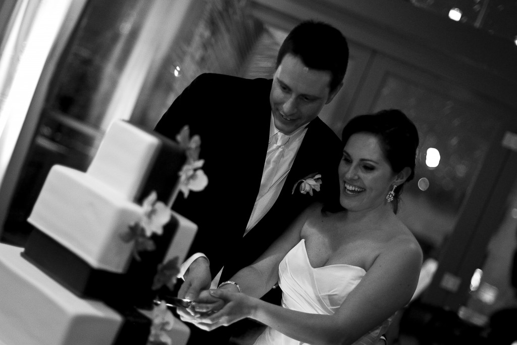 Kristen and Mike ordered their square tiered cake from Carlos Bakery. Guests enjoyed slices of cake with ice cream from the Penn State Creamery. Photo courtesy of John Arcara Photography