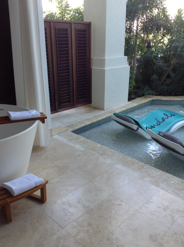 Sandals Barbados Crystal Lagoon Swim-Up Butler Suite with Patio Soaking Tub